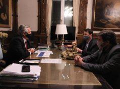 Alberto Fernández junto a Bernal y Basualdo